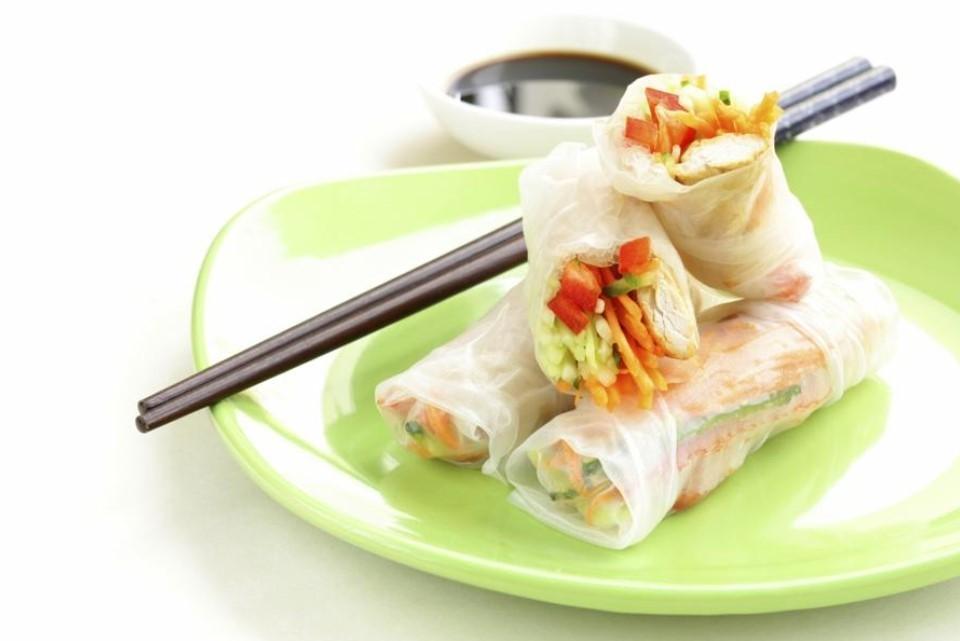 Аппетитные рулеты с рисовой бумагой