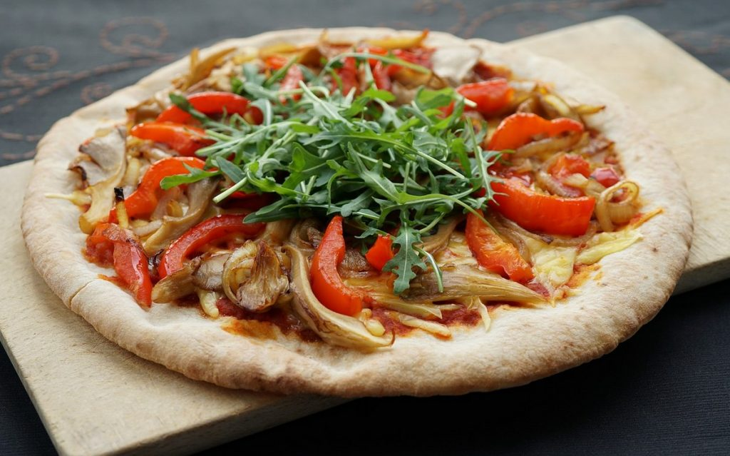 Пицца с постным сыром