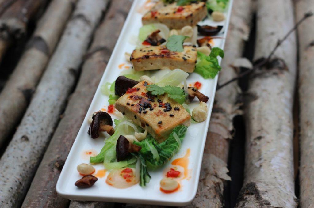 Tofu s gribami na ujin