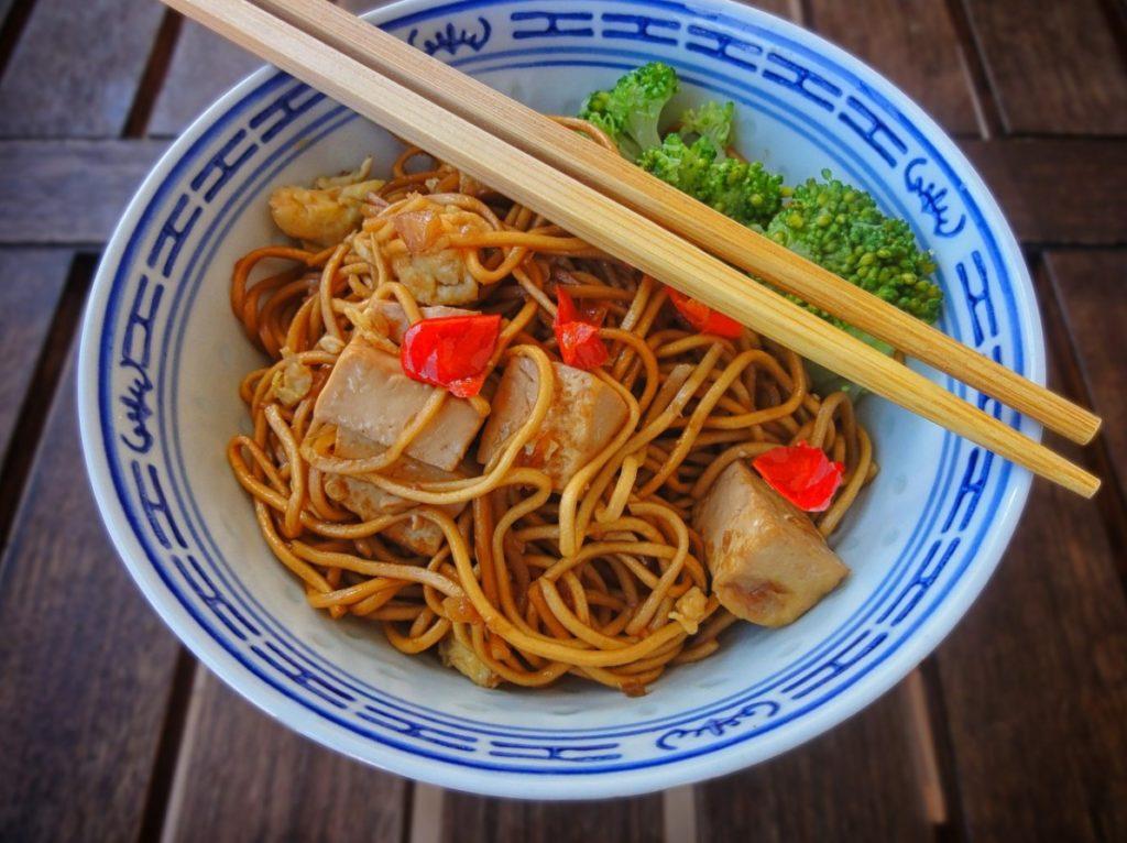 Lapsha s tofu