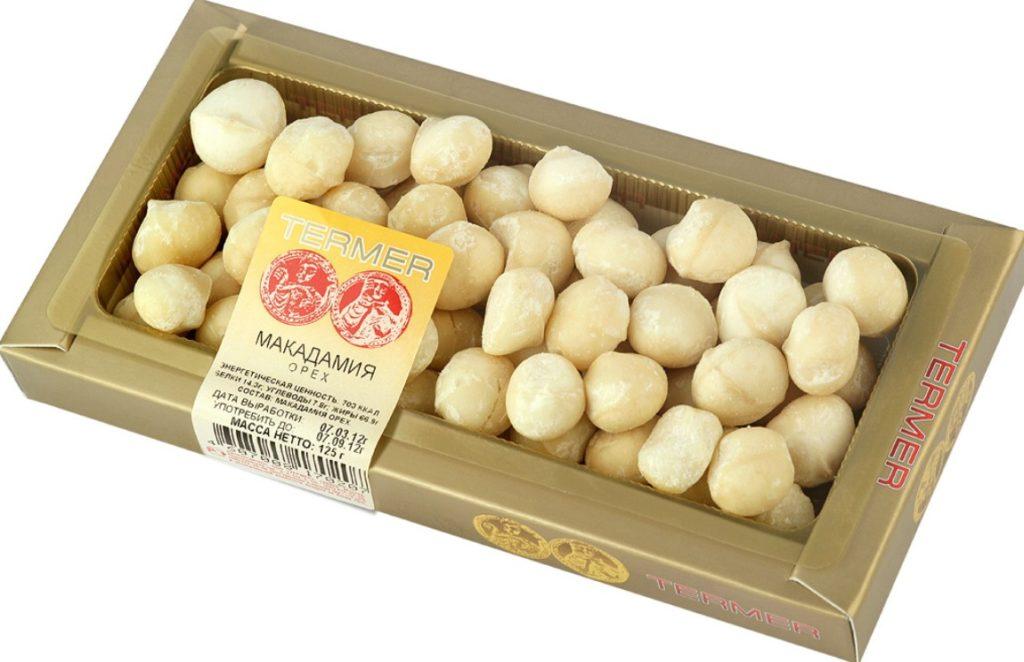 Очищенные орешки макадамия