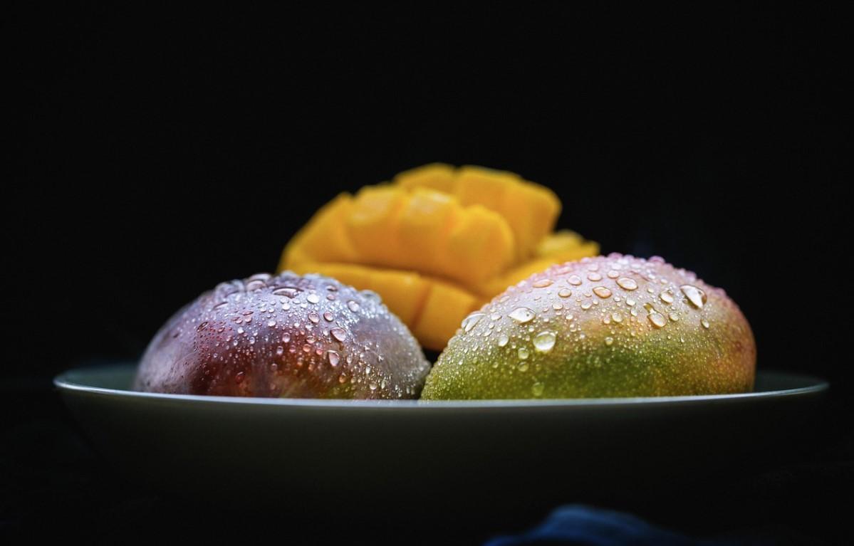 Фрукт манго анонс