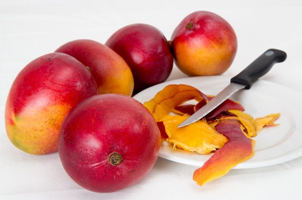 Сочная мякоть красного манго