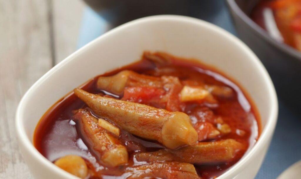 Бамия в томатном соусе
